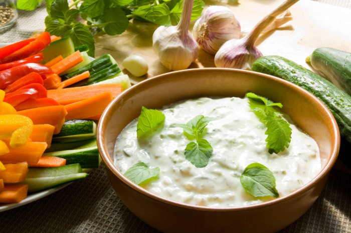 salatit zabadi